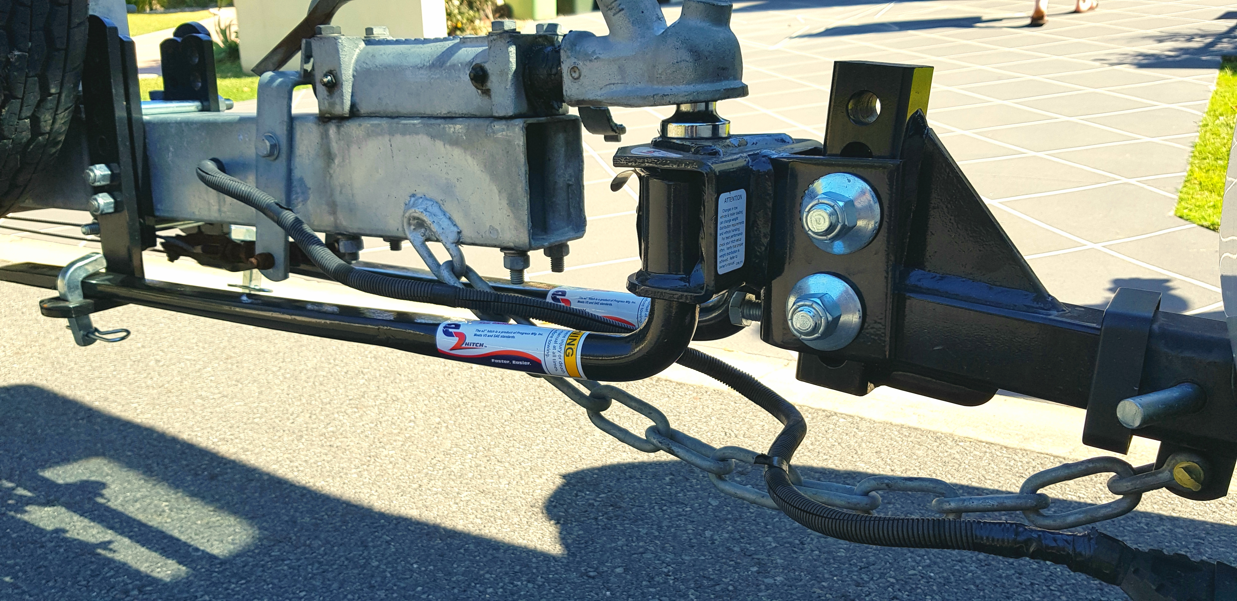 installing-weight-distribution-hitch