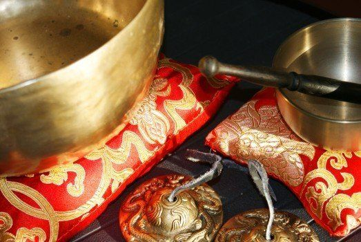 Types Of Singing Bowl Materials