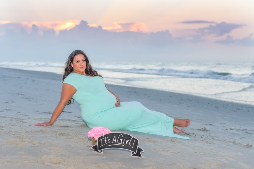 Beach Maternity session in Myrtle Beach