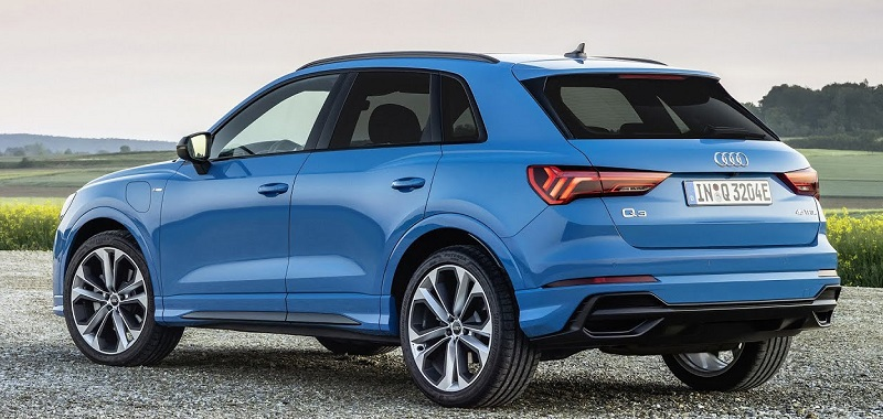 2022 Audi Q3 rear view