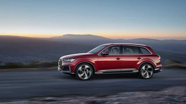 2022 Audi Q9 side view