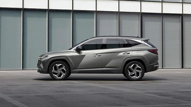 2022 Hyundai Tucson side view