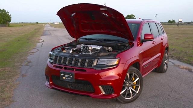 2022 Jeep Grand Cherokee Trackhawk engine