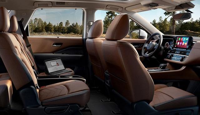 2022 Nissan Pathfinder Interior