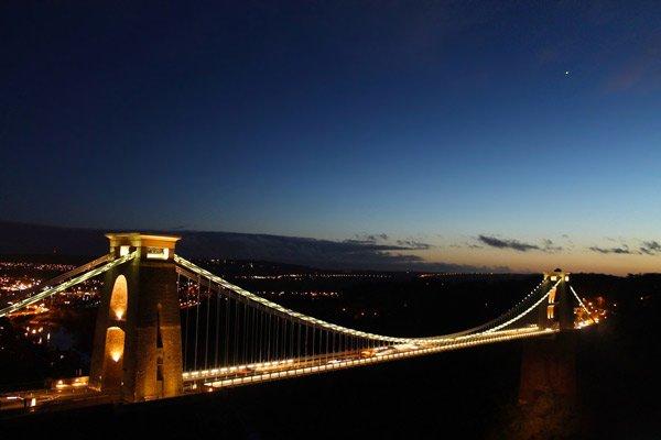 sunset over clifton suspension bridge