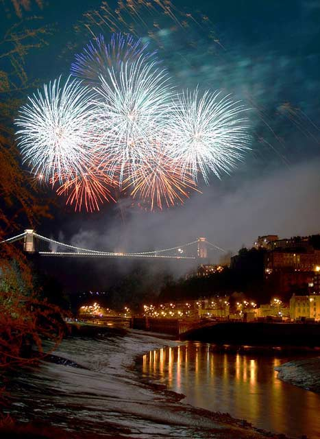clifton bridge fireworks