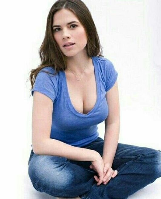 Hayley Atwell formal