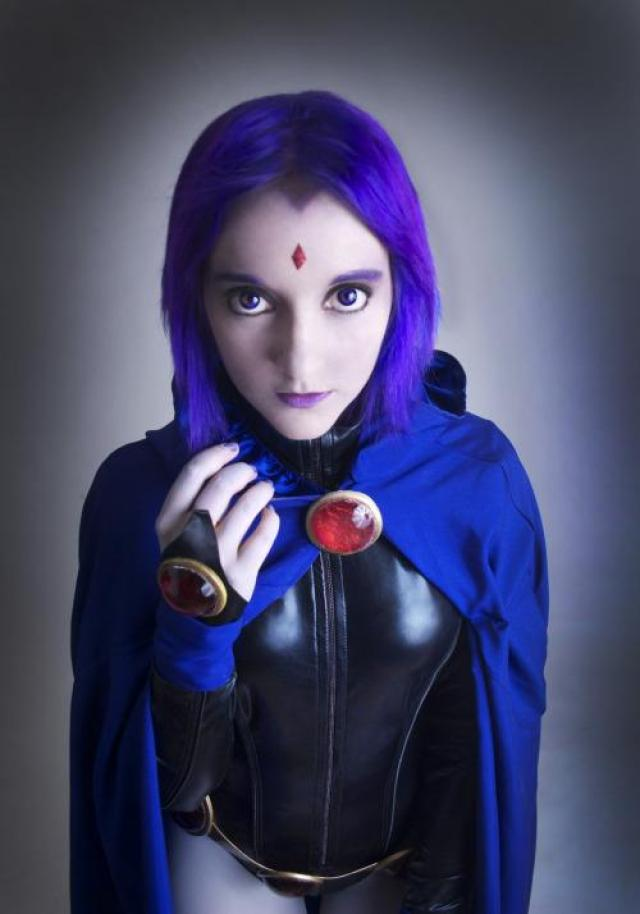 50+ Hot Pictures Of Raven From Teen Titans, DC Comics
