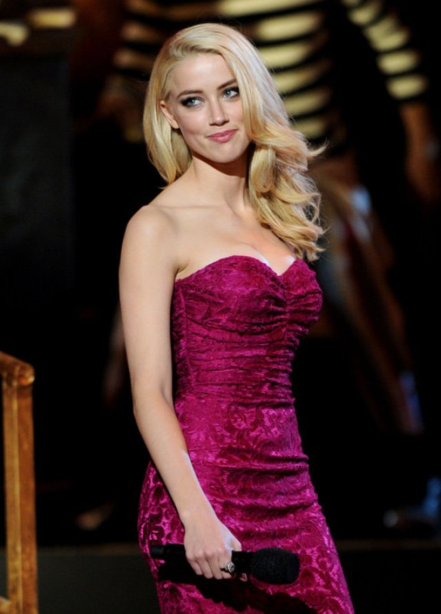 Amber Heard Purple Dress