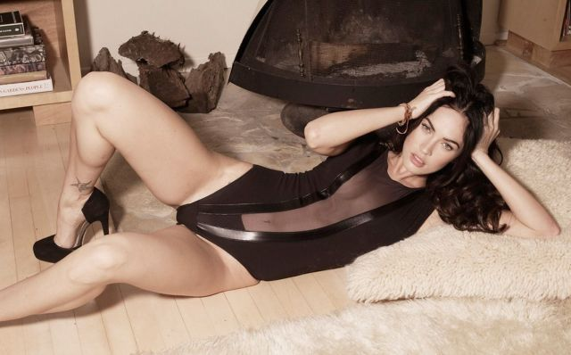 Megan Fox Leg Spread