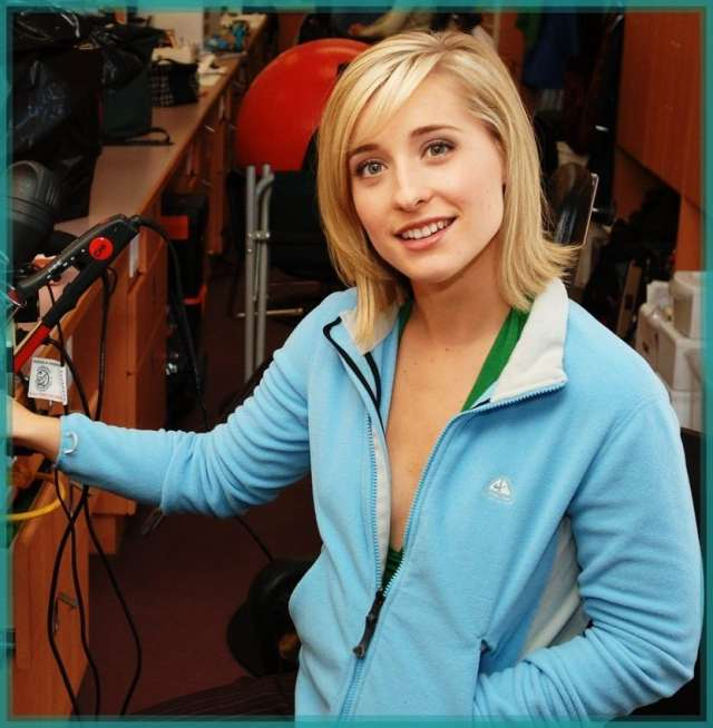 allison mack beautiful