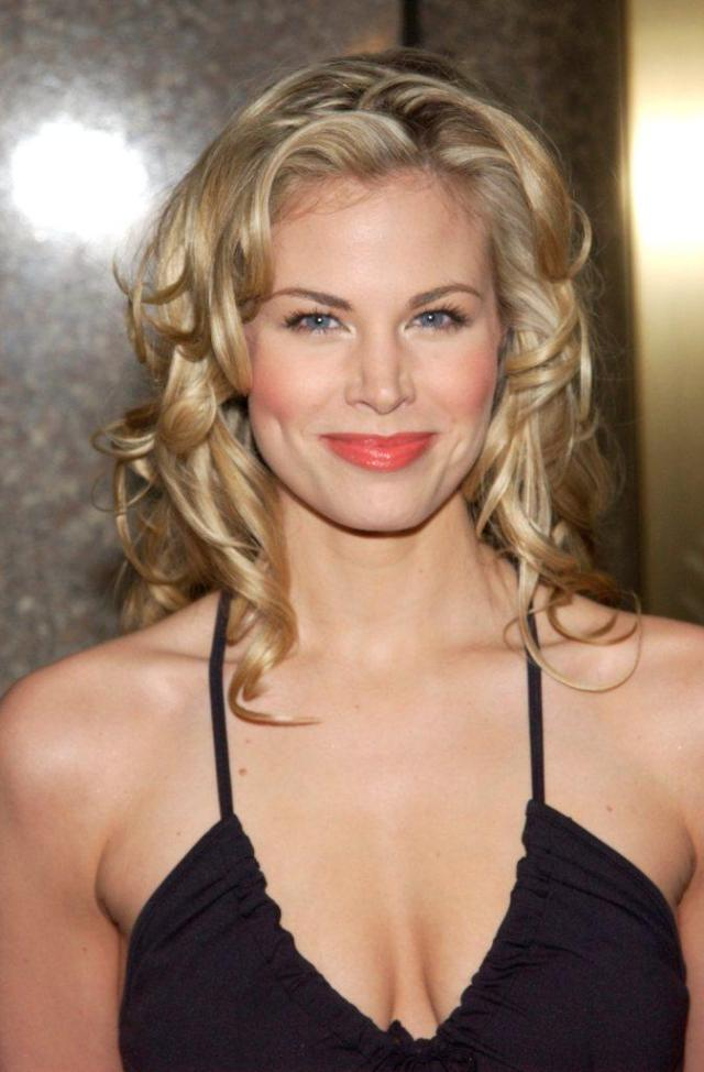 brooke burns pretty