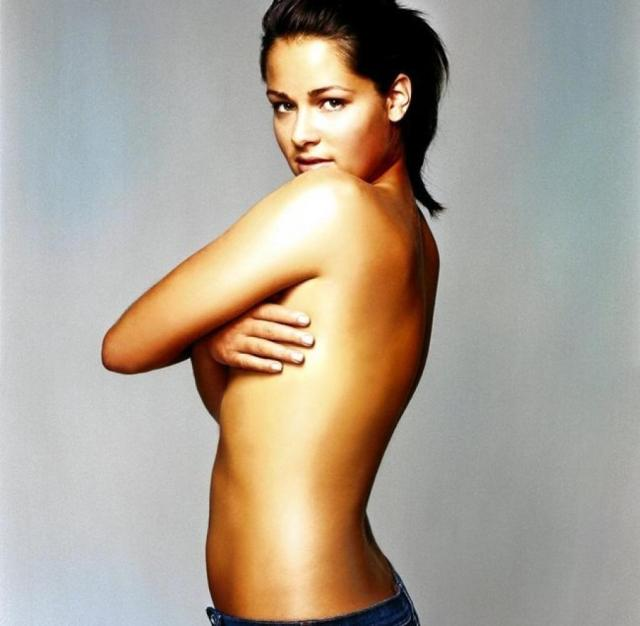 Ana Ivanovic on Swimming Hot Pictures