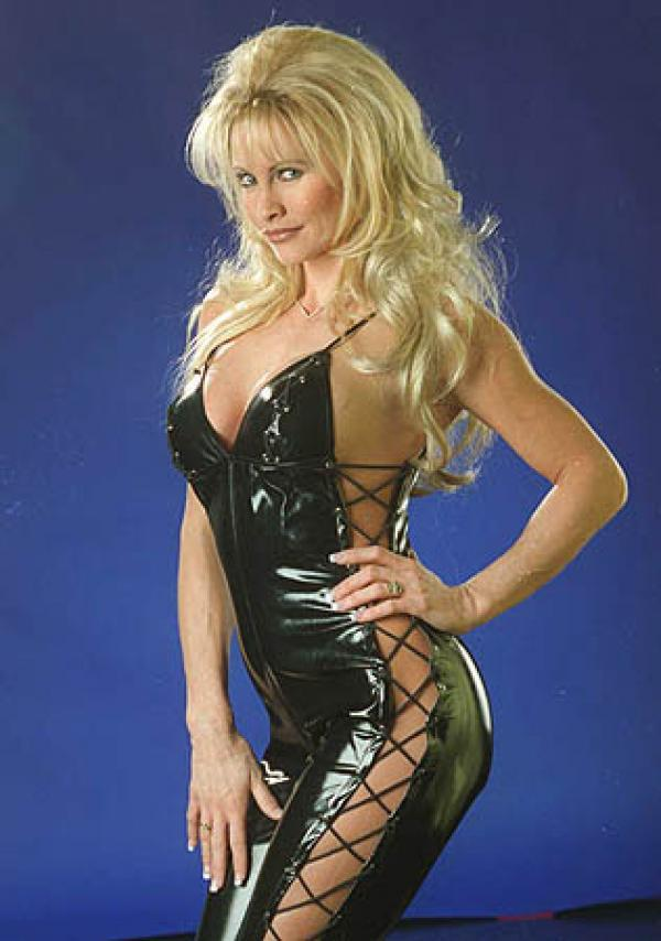 Sable Hot in Black