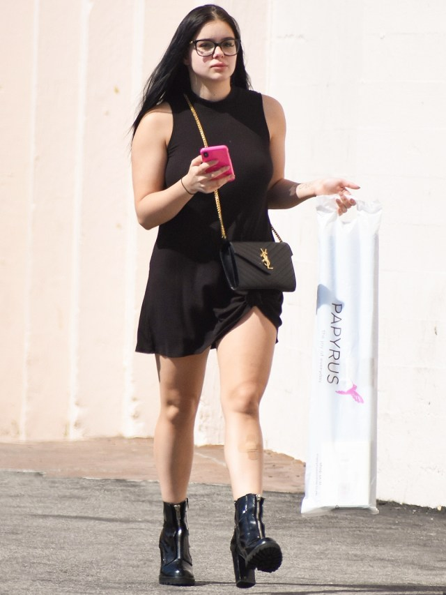 *EXCLUSIVE* Ariel Winter shows some legs at Papyrus greeting card shop