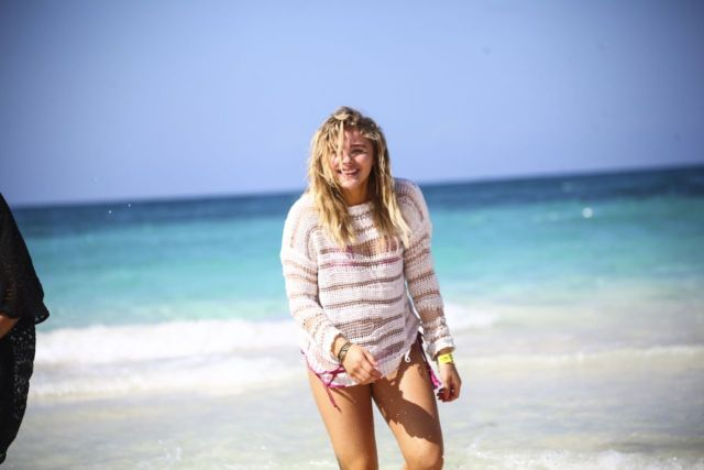 Chloe Grace Moretz Beach pictuires