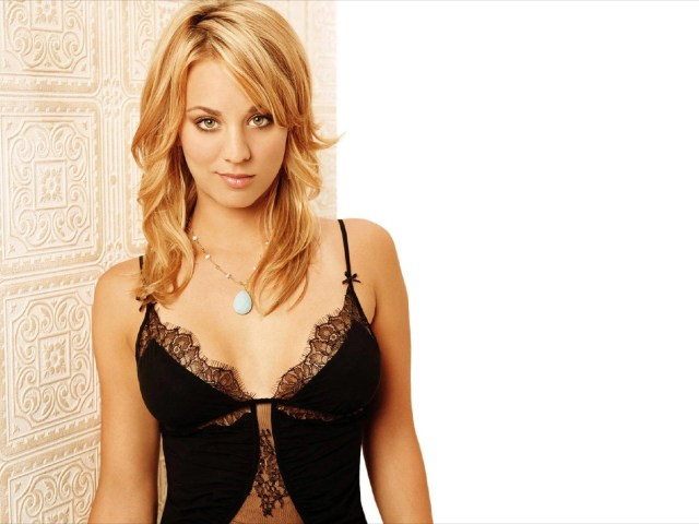 kaley cuoco hot lingerie