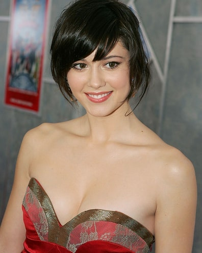 Mary Elizabeth Winstead on Party