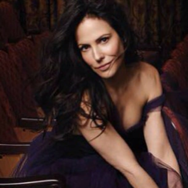 Mary-Louise Parker Sexy Pictures