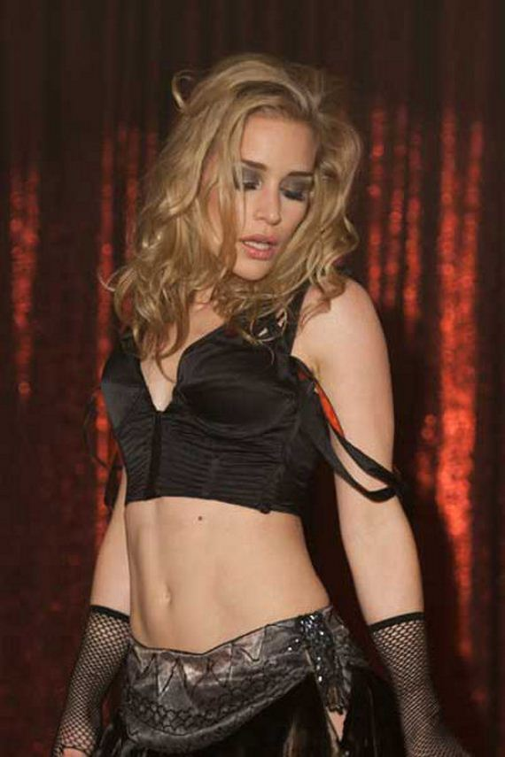 Piper Perabo Hot Photoshoot