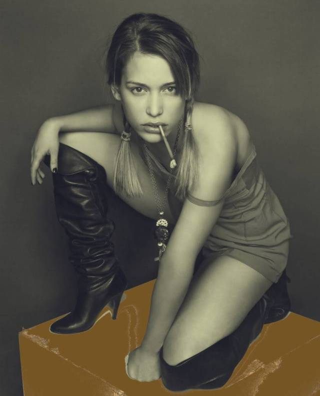 Piper Perabo Photoshoot