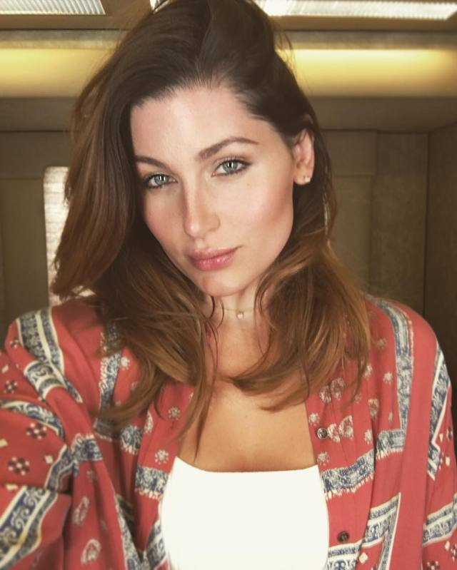 Trace Lysette Hot