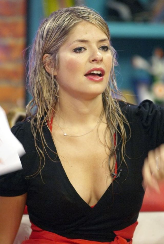 Holly Willoughby Fully Wet