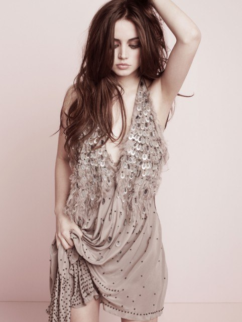 Ana de Armas Hot Photoshoot