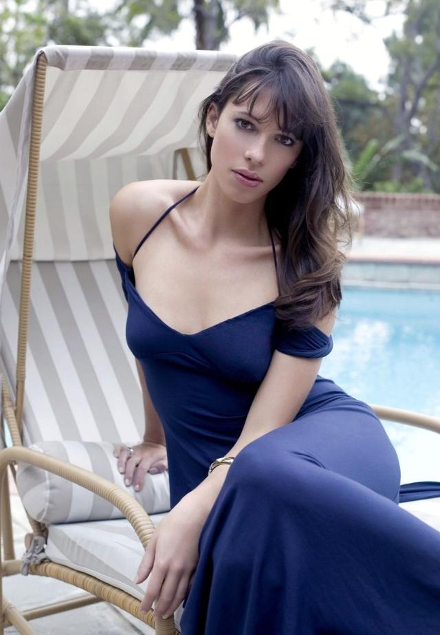 Rebecca Hall Hot Pictures