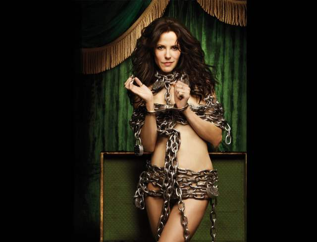 Mary-Louise Parker with Chain