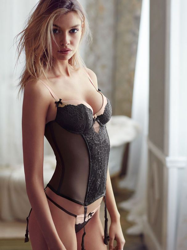stella maxwell lingerie pictures