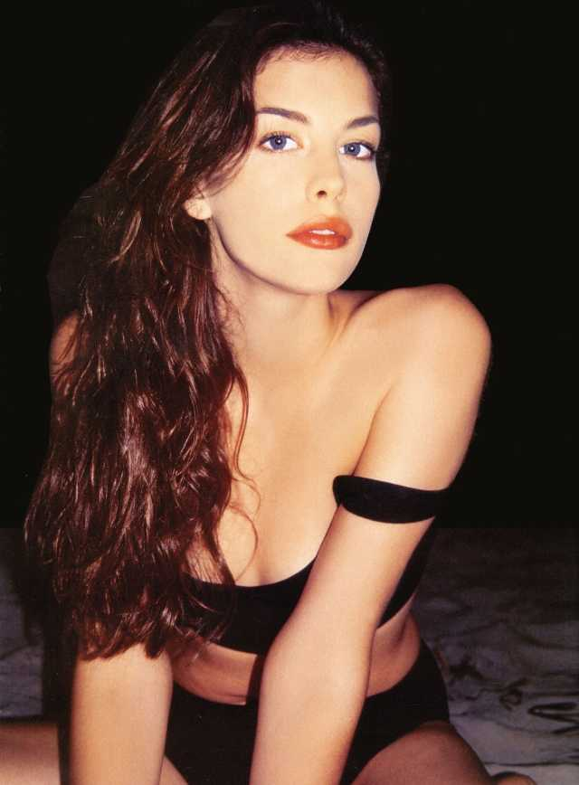Liv Tyler Sexy Pictures