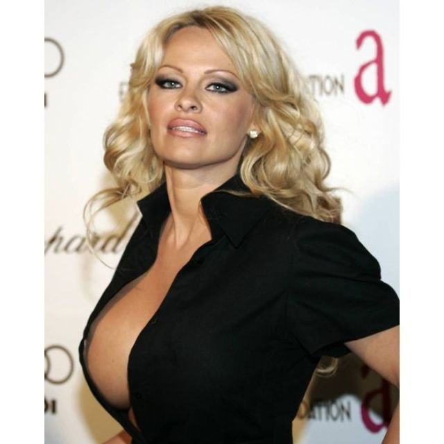 Pamela Anderson beautiful pictures