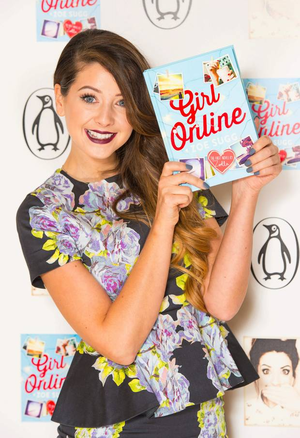Zoe Sugg on Advertisment