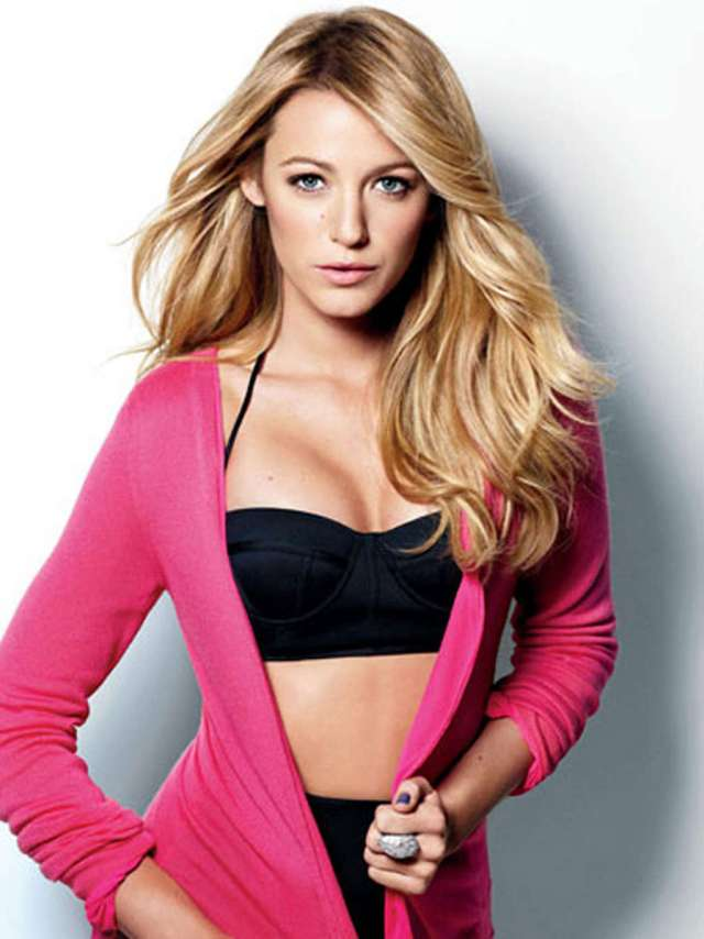 blake-lively-looking-hot