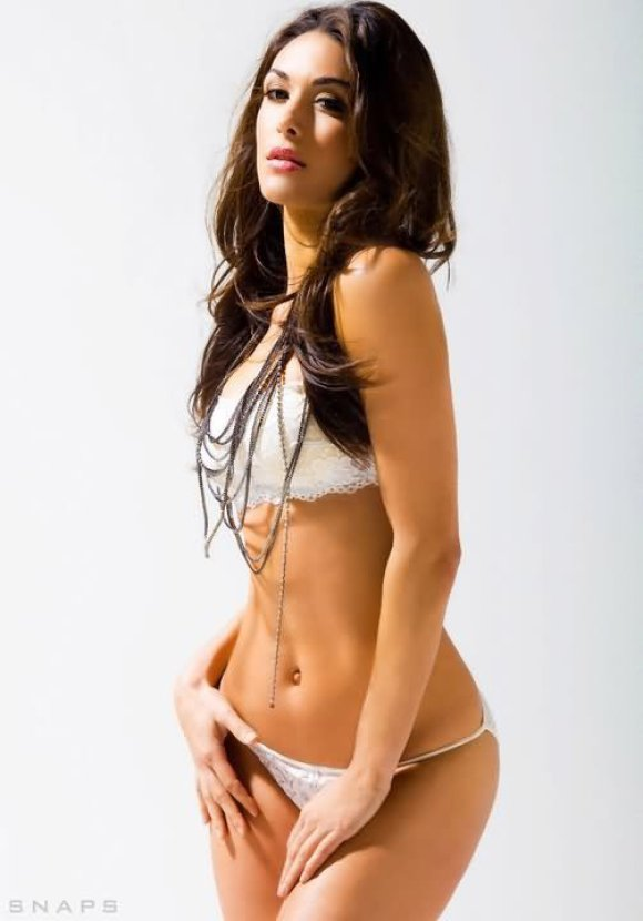 brie bella hot pictures