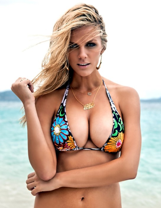 brooklyn decker hot pictures