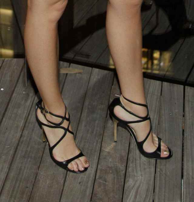 Blake Lively Sexy Feet Photo
