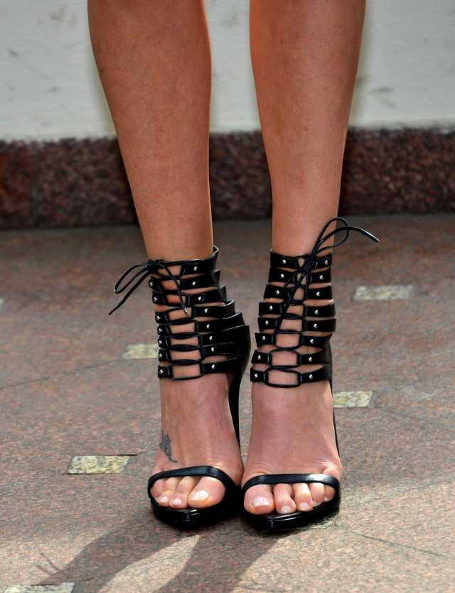 Charlize Theron Sexy Feet Photo