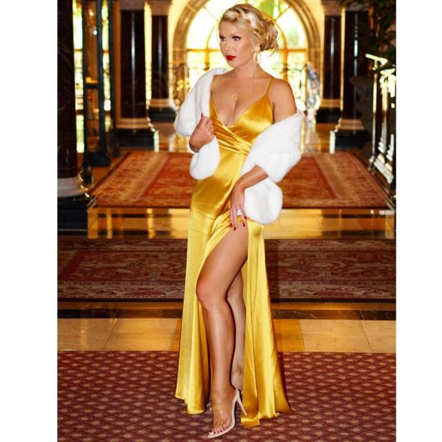 GRETCHEN ROSSI awesome pic