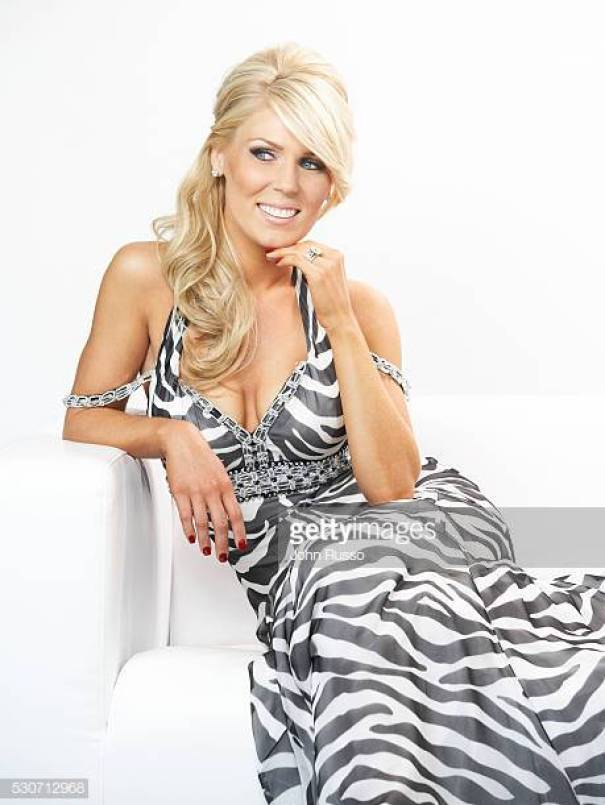 GRETCHEN ROSSI cleavages hot pictures