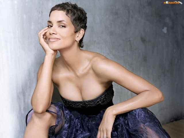 Halle Berry cleavages