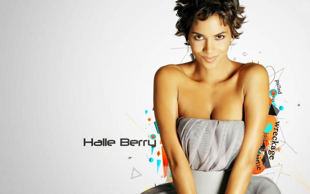 Halle Berry cleavages sexy