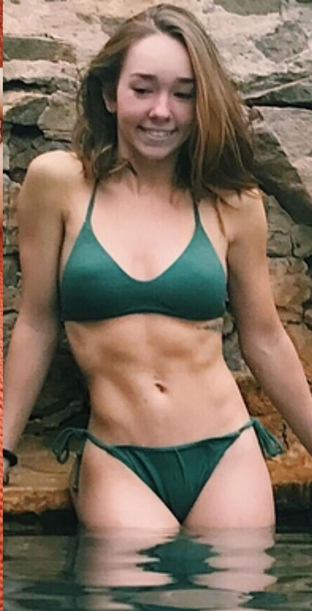 Holly Taylor side boobs