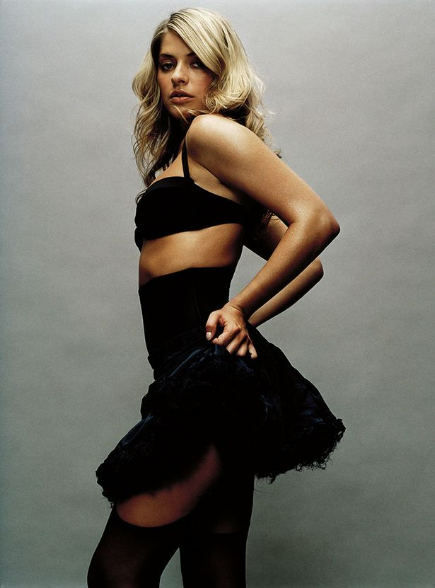 Holly Willoughby Hot Photoshoot