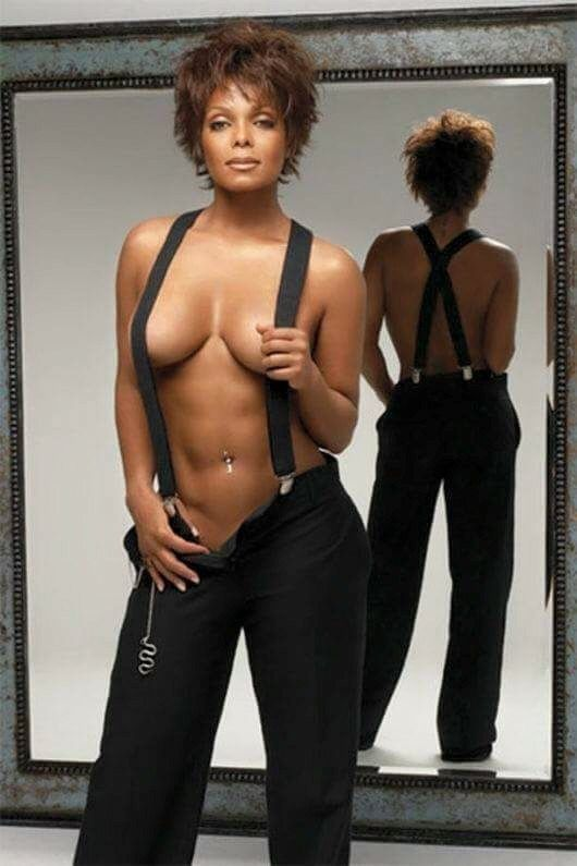 Janet-Jackson-topless pic