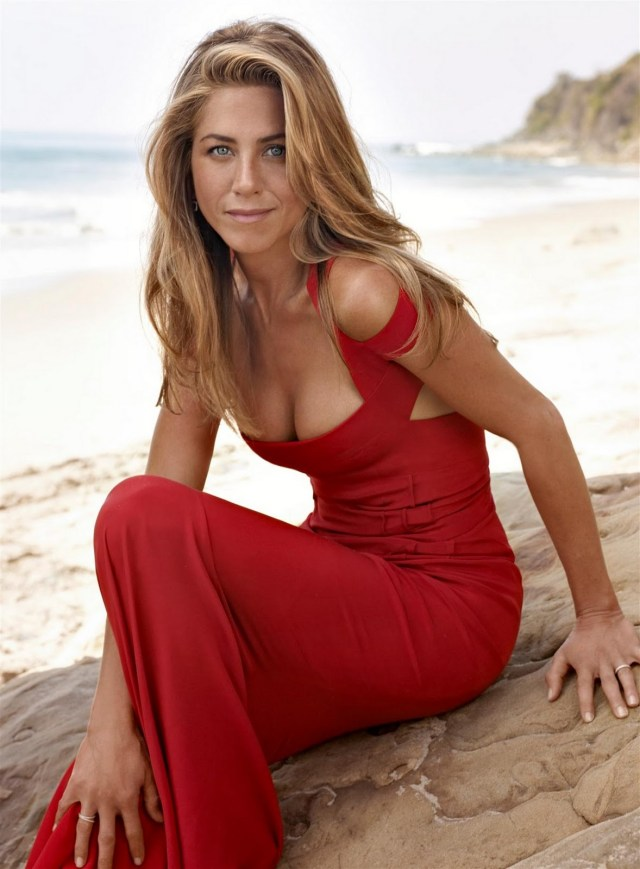 Jennifer Aniston on Beach