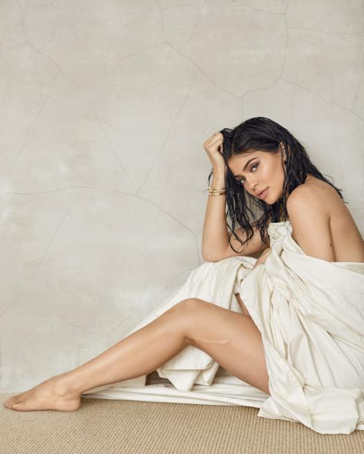49 Sexy Kylie Jenner Feet Pictures Prove That She Has ...