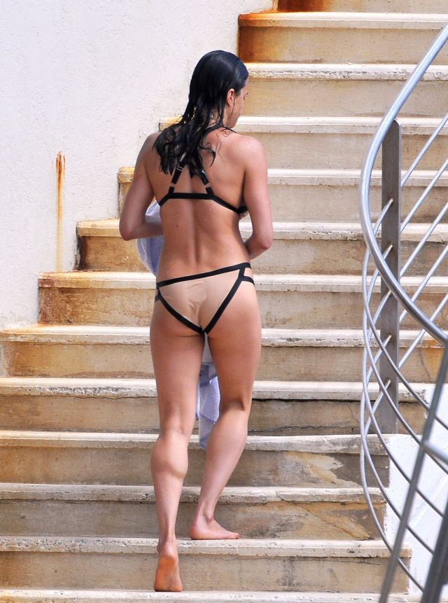 Michelle-Rodriguez ass (2)