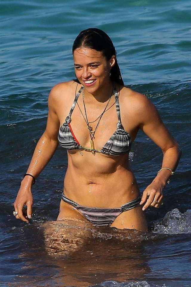 Michelle-Rodriguez-on-Beach-